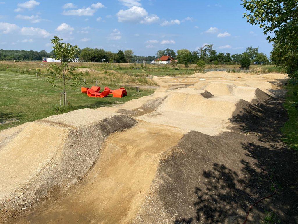 Track im Bau